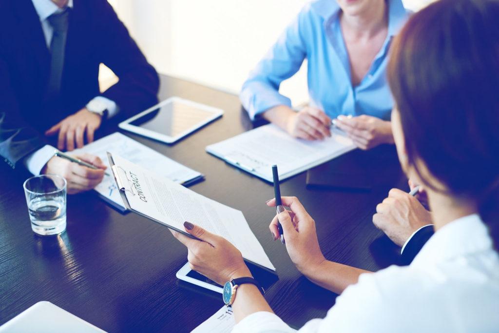 Le contrat de travail à durée déterminée : les avantages et les inconvénients