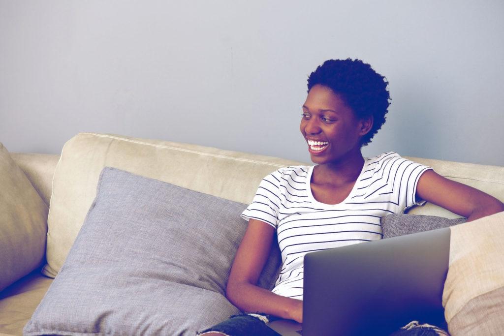 Thuiswerken: wordt je eigen materiaal wel of niet vergoed?